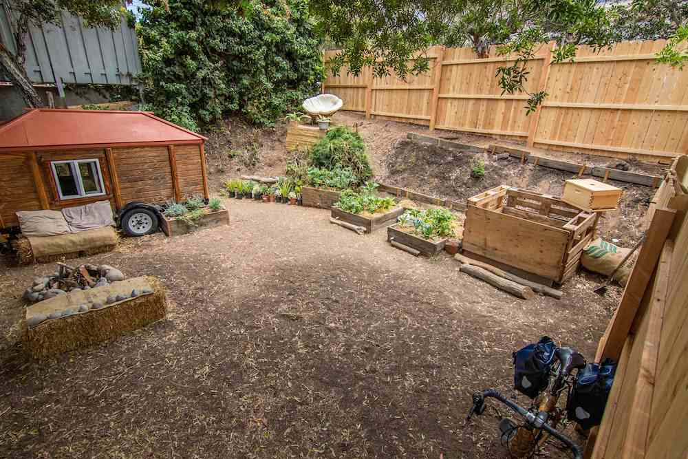 How to Compost with Rob Greenfield 2